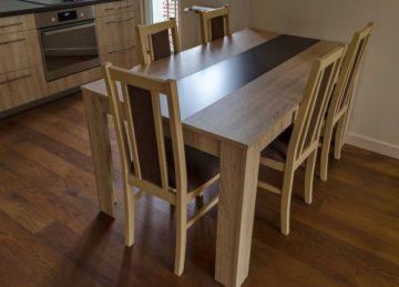 Деревянные полы в кухне - Фото